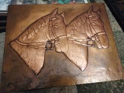 Vörösréz lemez dombormű, relief. Kézműves, lovakat ábrázol, nagyonszép munka.