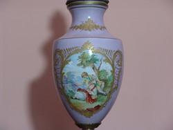 Grandiózus dekoratív francia porcelán petróleum lámpa