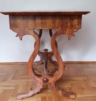 """Biedermeier """"tulipános"""" szalon asztal"""