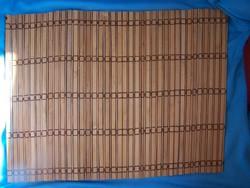 Retro alátét 42 x 30 cm  egymással összefogott falapokból kialakított
