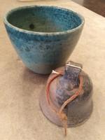 Kettő darab kézműves kerámia