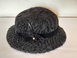 Asztrahán szőrme női kalap 53 as méret