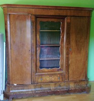 Bidermeyer szekrény