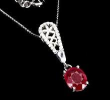 925 ös elegáns ezüst medál valódi rubinnal és cirkoniával