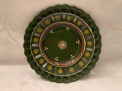 Zöld mázas áttört falitányér, 18 cm.