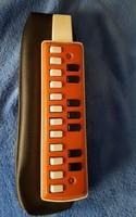 Retro játék hangszer harmonika triola eredeti tokjával együtt