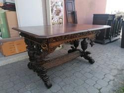 Reneszánsz asztal étkező asztal