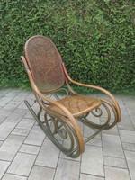 Thonet hintaszék felújított ülő és háttámlával