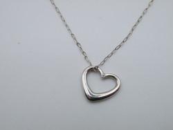 KK1138 Filigrán szív alakú ezüst medál és nyaklánc szett 925 fémjelzett