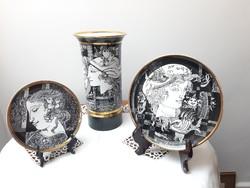 Hollóházi porcelán váza és tál garnitúra Szász Endre grafikával 21 karátos aranyozással