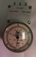Mechanikus fordulatmérő (tachometer)