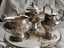 Szecessziós  ezüstözött tea szervírozók