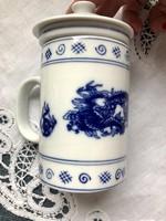 Fedeles, szűrős kézzel festett sárkány mintájú teás bögre