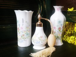 Parfümszóró és vázák