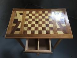 Sakk asztal -Dáma asztal .