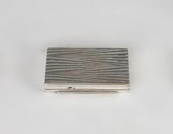Ezüst mintás szelence