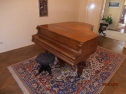 Rövid bécsi zongora