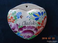 Kézzel festett rózsa,virág mintás majolika cseh szenteltvíztartó Chodska