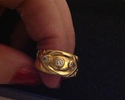 18k Arany gyűrű három nagy kővel ( Olasz )