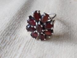 Granat köves ezüst gyűrű