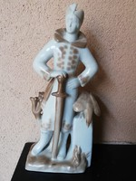 Szovjet-orosz porcelán szobor vadászó herceg 32 cm