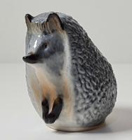 Nagyon ritka, bűbájos  Lomonosov porcelán süni figura
