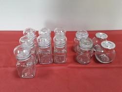 11 db fűszertartó kis üveg együtt eladó