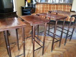 4 db-os szerviz asztal