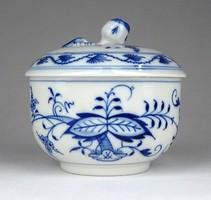 1E071 Antik kardos Meisseni hagymamintás kék fehér porcelán bonbonier
