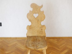 Népi faragott székek, az ár 2 db-ra vonatkozik