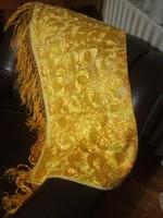 Matyó falvédő aranysárga színben