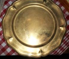 Régebbi sárga réz fali tányér vagy tálca