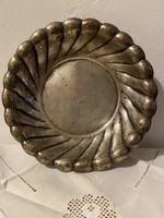Hólyagos peremű klasszikus kis kerek ezüst tál
