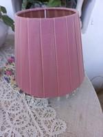 Selyem rakott lámpaernyő