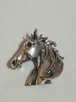 Antik ezüstözött lovacska   bross.