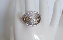 Nagyon szép, köves, ródiumozott ezüst gyűrű