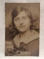 Jelzett régi fotó , képeslap , lány portré