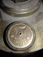 Antik petróleum lámpa bura nélkül