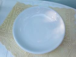 Zsolnay fehér porcelán főzelékes tányér
