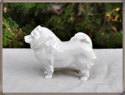 Rendkívül ritka régi pecsétes jelzésű Zsolnay porcelán fehér csau-csau kutya figura