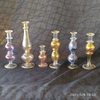 Fújt üveg parfüm tartók