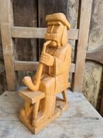 Faragó József faragott szobor