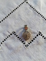 Eladó ezüst Pandora jellegű Moments charm szív alakú cirkónia köves!