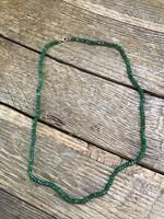 Csiszolt smaragd nyaklánc