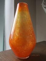 Csodálatos színekben pompázó régi Karcagi un. fátyolüveg váza 23 cm hibátlan állapot.