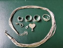 Ezüst ékszerek, nyaklánc, gyűrűk egybe! KB 35 gramm.