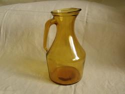 Borostyán színű üveg kancsó kiöntő