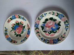 2 kispesti kézzel festett tányér