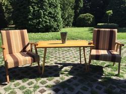 2 db Retro fotel hozzá tartozó asztallal