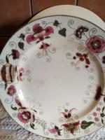 Zsolnay lapos tányérok